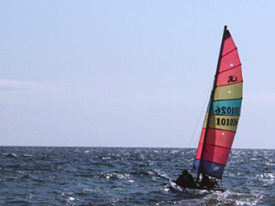 Плаване с катамаран на Синеморец