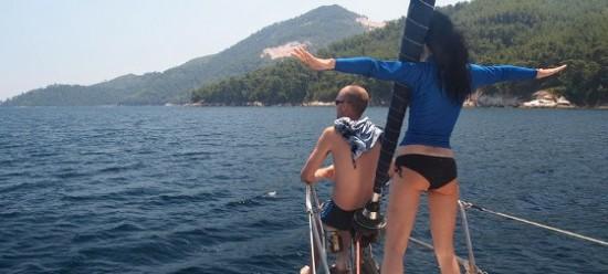 плаване с яхта около Тасос