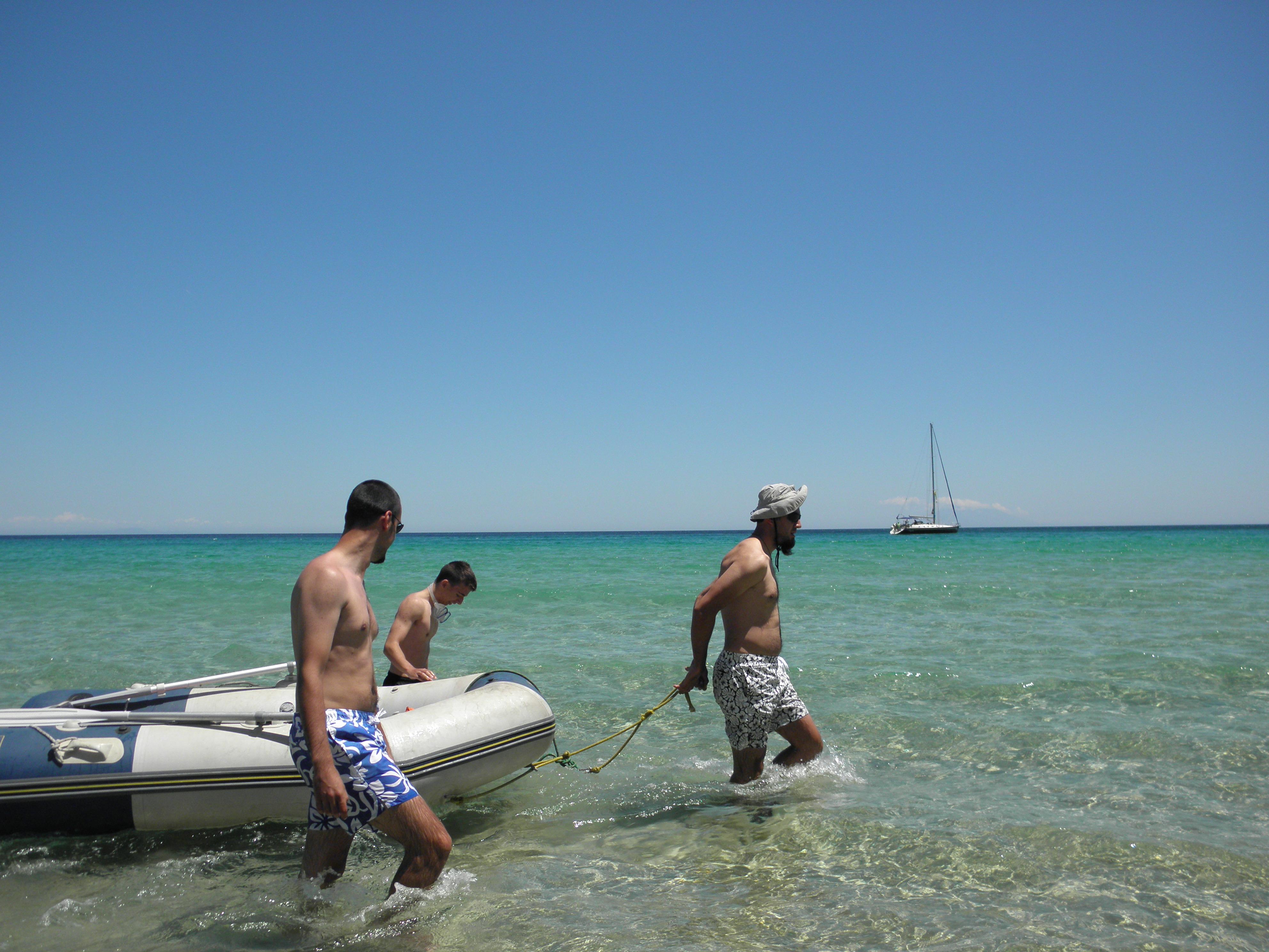 Плаване с яхта около о. Тасос - плаж Макриамос