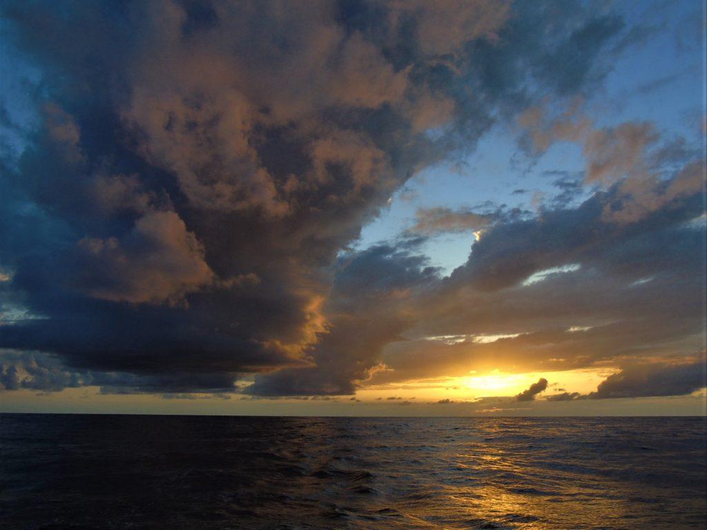 Атлантик - залез - океан
